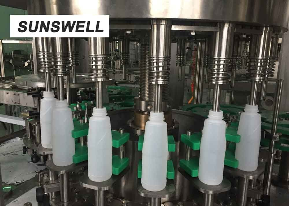 SS304  Material Beverage Filling Equipment  Especially For PE Bottles Dairy And Juice